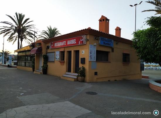 Restaurante Maribel de La Cala del Moral en el Paseo Marítimo Blas Infante