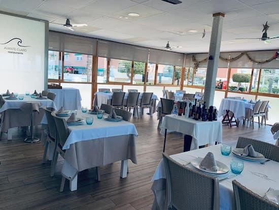 Interior del Restaurante Avante Claro en La Cala del Moral