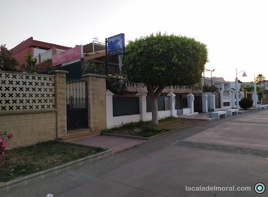 """Restaurante Punta Cala, """"Antiguo casa diego"""" en el Paseo Marítimo Blas Infante de La Cala del Moral"""